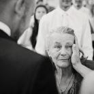 babcia na ślubie